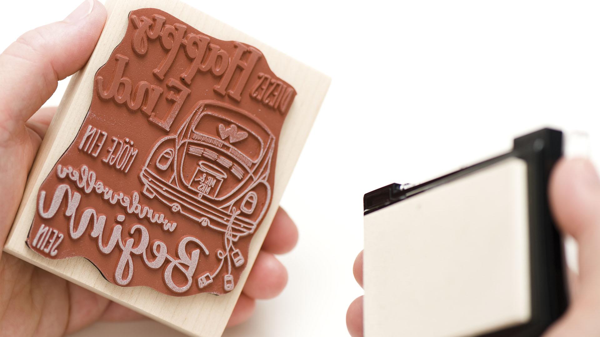 BUTTERER STEMPEL | Hochwertiges Stempelgummi aus Naturkautschuk, ideale Dämpfung, heimische Hölzer, Design und Herstellung in eigener Hand