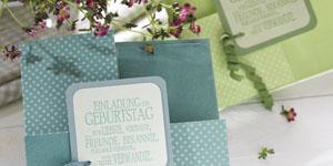 Ideen für Geburtstage: Mustermix | Einladung quadratisch gefaltet aus Motivpapier in Kreidefarben mit BUTTERER STEMPEL