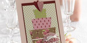 Ideen für die Hochzeit: Sweetheart | Einladungskarte in Rosé- und Grüntönen mit mehreren Papieren im Mustermix