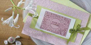 diy einladung kommunion rosa gruen doodle voegel blueten