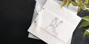 Ideen für Kommunion und Konfirmation: Der Herr ist mein Hirte | Einladungs- und Grußkarte in Weiß