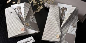 Ideen für besondere Geburtstage: Vom Herrenausstatter | Einladung in Form eines Sakkos mit Hemd und Krawatte mit ausgefallenen Mustern und Accessoires
