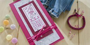 Ideen für Schulanfänger: Glitzernder Countdown | Einladung und Glückwunschkarte in Pink und Weiß mit verschiedenen Glitzereffekten und Stempel