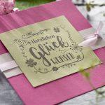 Ideen für Glückwünsche: Besonders herzlich mit Handlettering   Glückwunschkarte in Pink und hellem Oliv mit detailreichem Stempel aus der Handlettering-Kollektion