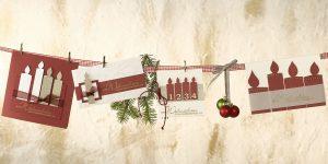 Ideen für die Weihnachtspost: Adventskerzen | Verschiedene Weihnachtskarten aus gleichen Papieren und Elementen in Weinrot, Champagner und Gold