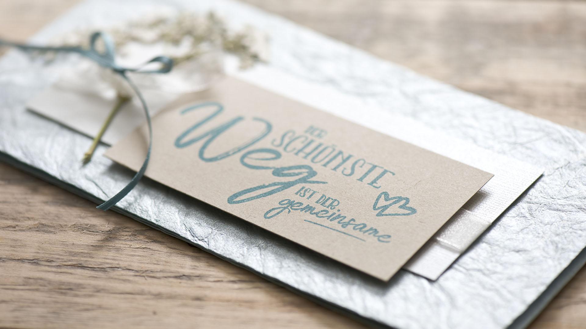 Ideen für Hochzeiten: Der schönste Weg ist der gemeinsame | Einladung und Glückwunschkarte
