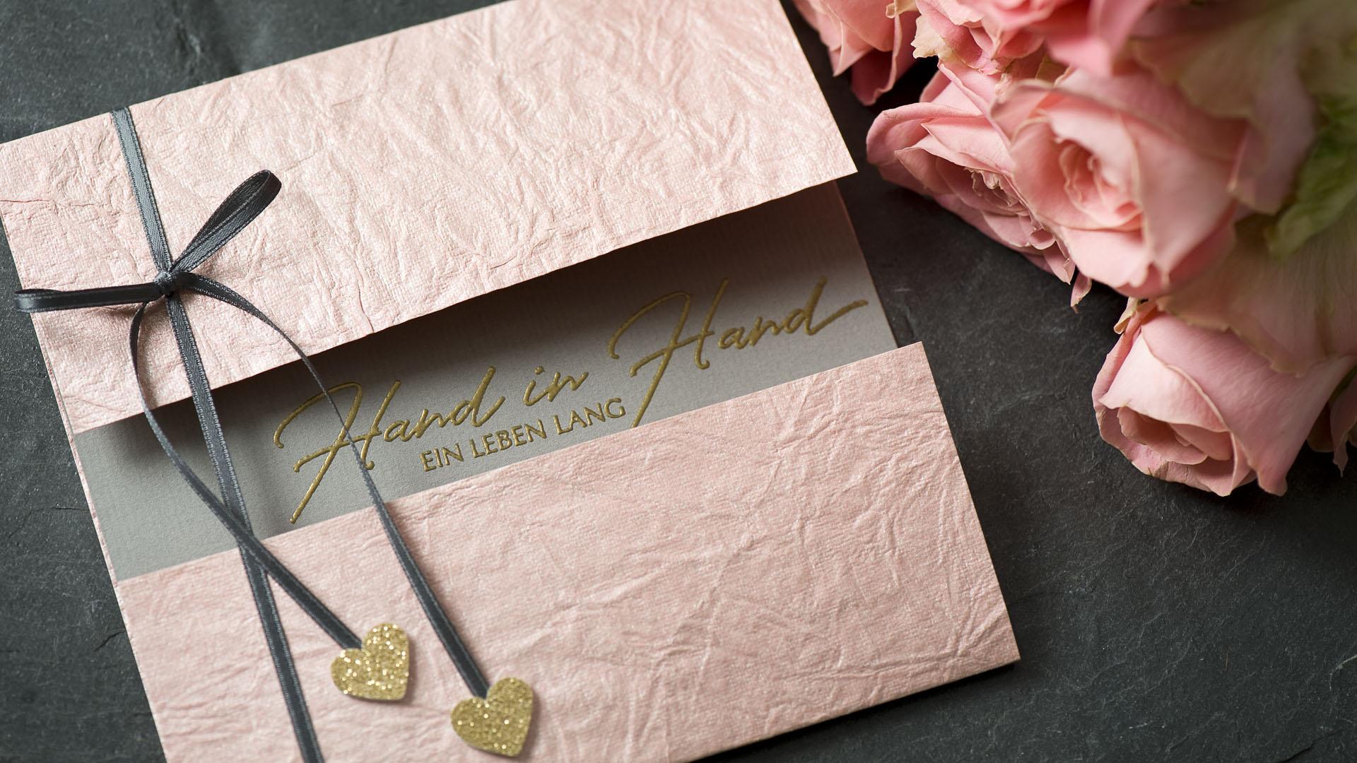 Ideen für Hochzeiten: Hand in Hand ein Leben lang | Einladung und Glückwunschkarte