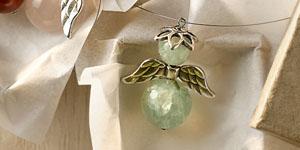 Ideen für Weihnachten: Edle Schutzengel | Glücksbringer aus Halbedelsteinen mit Flügeln aus Metall