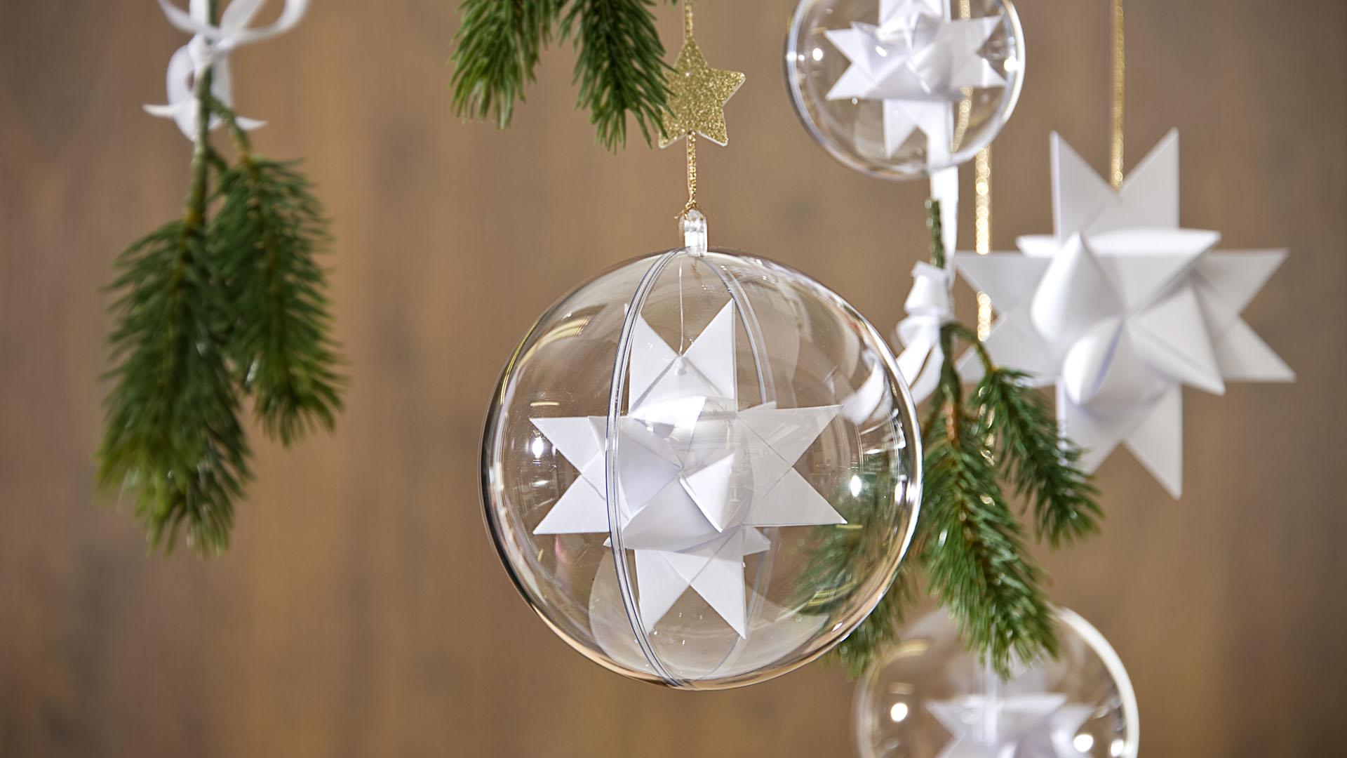 Ideen für Weihnachten: Fröbelsterne ganz in Weiß