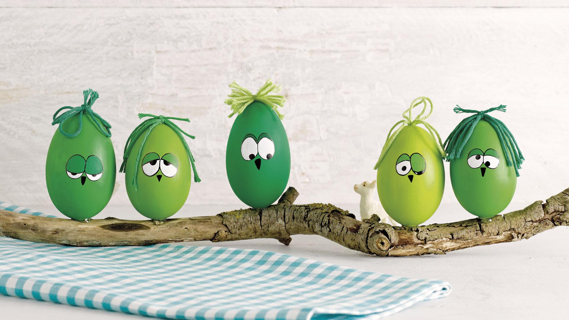 Ideen für den Frühling: Hei-ei-ei | Bemalte Eier für ein witziges Dekostück