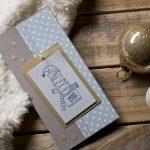 Ideen für die Weihnachtspost: MERRY X-MAS   Witzige Weihnachtskarte für Katzenliebhaber in kreidigen Trendfarben und goldenen Akzenten mit gestempeltem Motiv