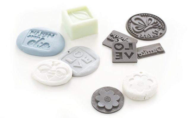 Lieblingsprodukt: Labels aus Naturkautschuk zum Gießen und Prägen mit Reliefgussmasse, Beton und jeder Art Modelliermasse